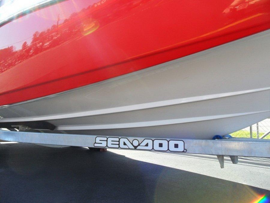 Катер SEA DOO Challenger 230 510 л.с.