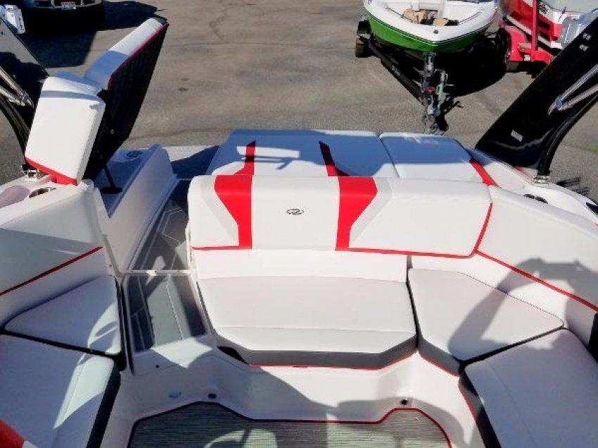 Катер Regal Регал 2000 ESX 2016