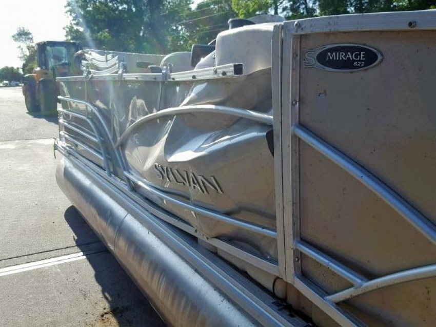 Понтонные катера с американских аукционов COPART IAAI