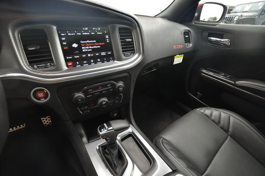 Dodge Charger 2019 - американские авто купить