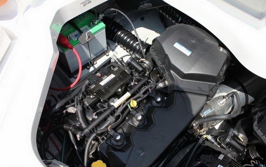 Катер SEA DOO Challenger 210 2012