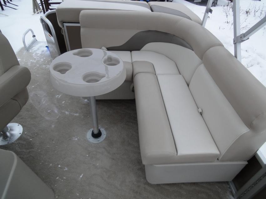 Понтон SWEET WATER 19 2012 ГОД