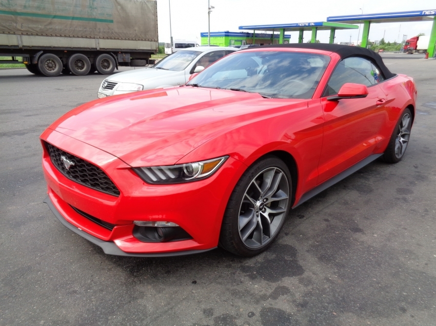 Ford Mustang из Америки