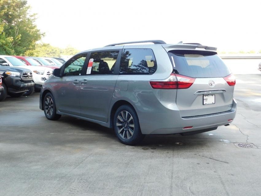 Toyota Sienna Limited 2019