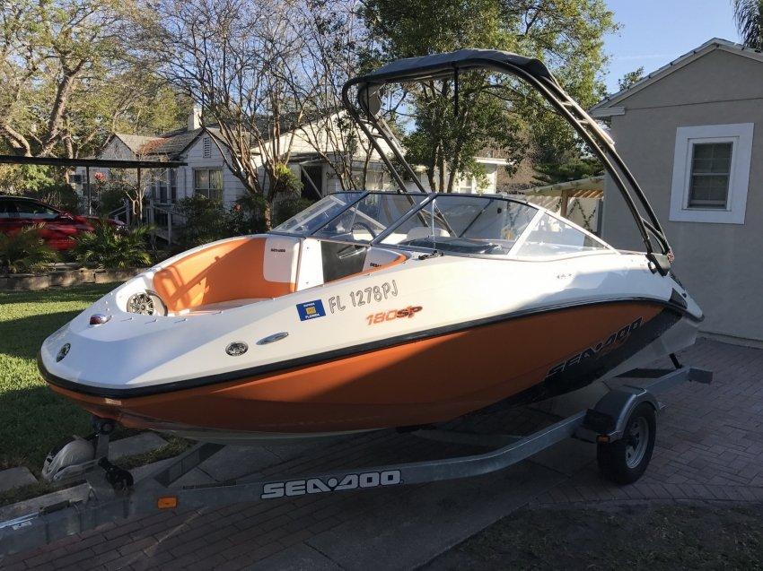продажа лодок brp