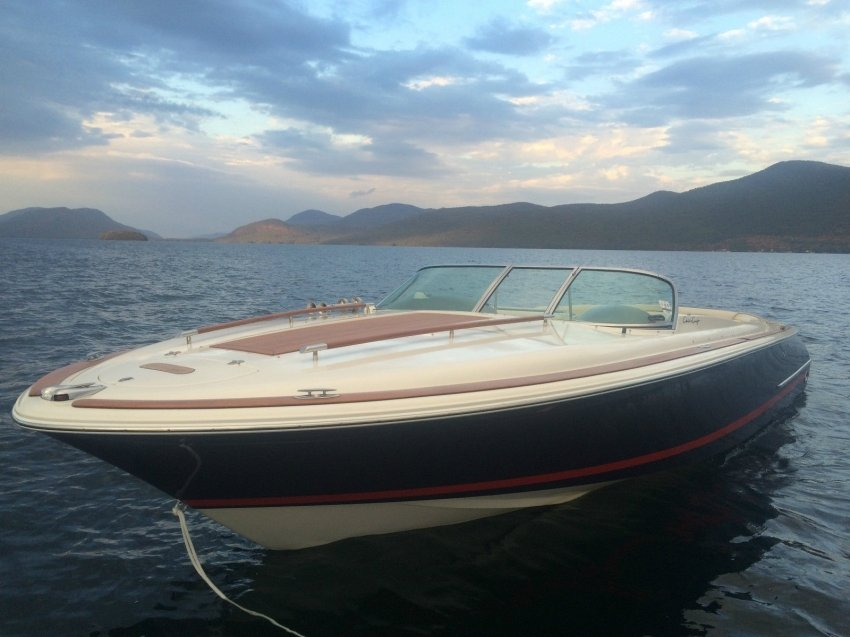 Катер Chris craft Corsair 28
