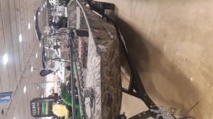 Лодка LOWE 1860 водомет 2017