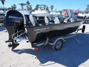 Lowe Fishing Machine 165 2013