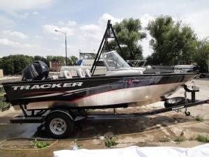 Лодка Tracker 17 Combo 2013