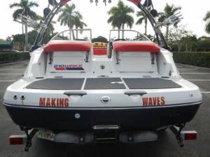 Катер SEA DOO Challenger 210 wake