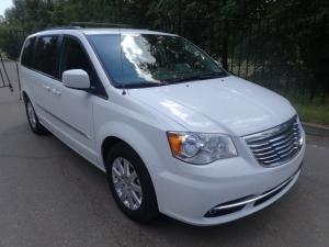 Авто из США Chrysler Town & Country 2013